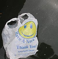 plastic-bag--LeahRae26818992986_ea4a5164ae_k-200
