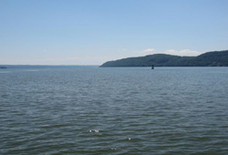 Haverstraw Bay midchannel