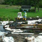 oil-spill-Kalamazoo-River-copyright-USEPA-600