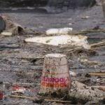 Newtown-Creek--engl-kills-boom-5-Dunkin-Donuts--5-5-03_credit_Basil_Seggos-550