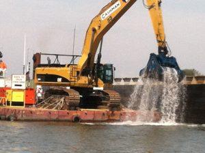 GE-dredging-pcbs-crAbigailJones-2012-09-14 12.57.54