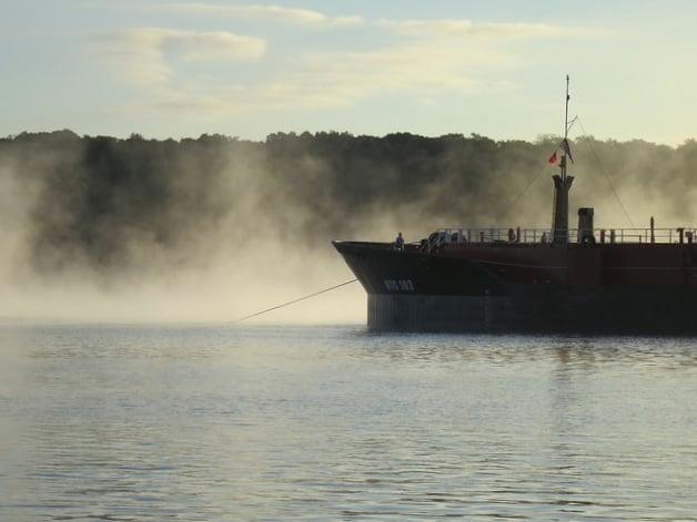 anchoredbarge