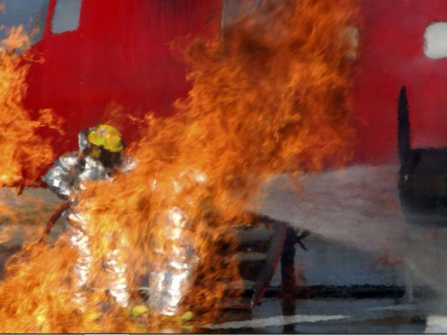 newburgh-stewart-ang-firefighting-exercise-2004-screenshot-crop2